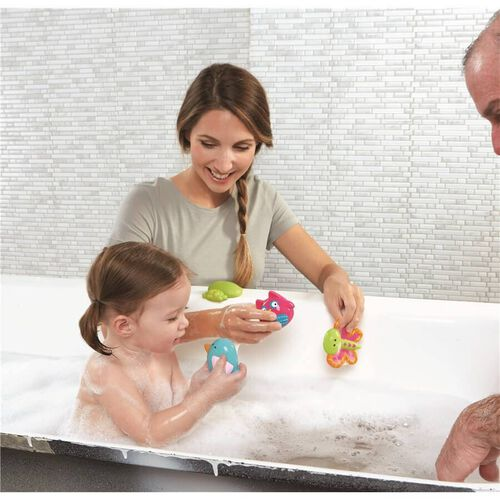 "Babies""R""Us 4 Pack Garden Party Bath Squirties"